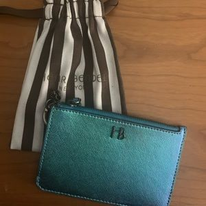 Henri Bendel zip wallet